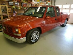 MILD CUSTOM 91 GMC EXT CAB