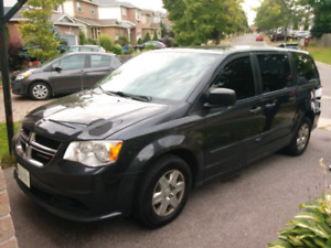 2012 Dodge Caravan in Excellent Condition.  Low mileage!