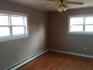 December 1st - 3 Bedroom Upper Level Apartment CBS $950 POU St. John's Newfoundland image 6