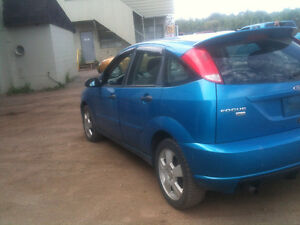 2007 Ford Focus certified and e test low klom Hatchback