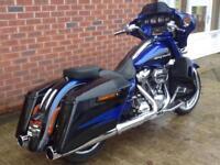 Harley-Davidson FLHXSE Street Gide CVO Blue 17/17 Mint FSH
