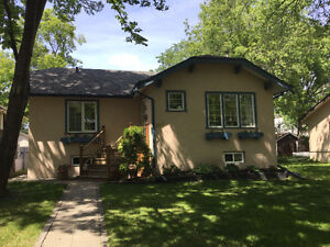 Lovely Furnished Home in Riverview close downtown - Professional