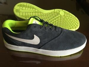 Brand new Nike men's shoes- Size 9