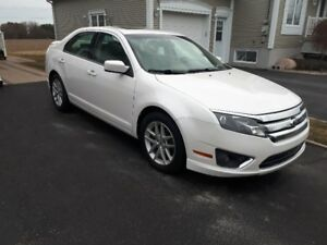 2010 ford fusion sel v6 107000km seulement
