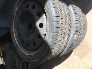 3 Michelin 235/40R/18 tires with 4 steel rims.