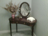 Bedroom make up table