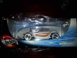Hot wheels 1:18 Beatnik Bandit