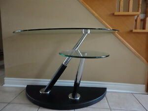 MAGNUSSEN MODESTO SWIVEL TWO TIER GLASS TABLE London Ontario image 5