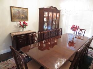Dining Room Furniture Set Elegant solid wood & cherry finish