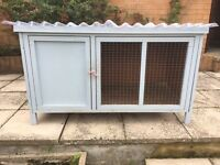 Rabbit / Small Animal Hutch Cage Enclosure & Free Litter Tray