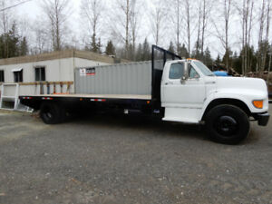 REDUCED 1995 Ford E700