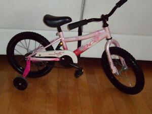 Plusieurs Bicyclettes 16 pouce de qualitée, ideal pour cadeaux