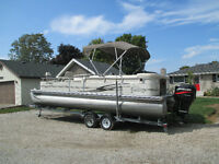 24ft pontoon Suncruiser