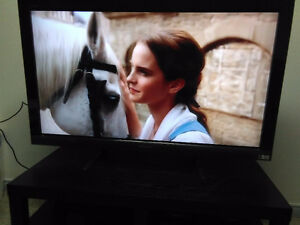 """46"""" SONY LCD TV (1080P AND 120HZ REFRESH RATE)"""