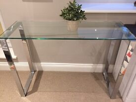 Glasstop Side Table with Chrome legs