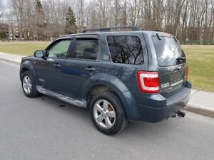 *FORD ESCAPE XLT 2008 AWD*CUIR*TOIT*DVD*B.TOOTH*DEM À DISTANCE