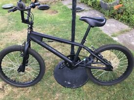 BMX with 360 gyro handle bars for tricks