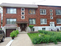 NDG- Mariette- Must see ! Completely renovated large 31/2 s/bsmt