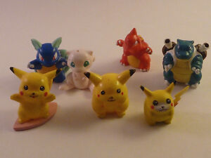 Pokemon misc figures and Attack Figures B&W Series
