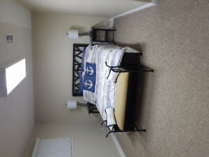 Bright room for short term rental in quiet house with hot tub