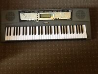 YAMAHA EZ-200 KEY BOARD