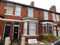 5 bedrooms in Group of 5 tenants, Pembroke Street M6 5GS