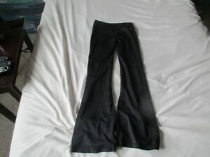 Womens Black Adidas Athletic Pants Size Small Strathcona County Edmonton Area image 4