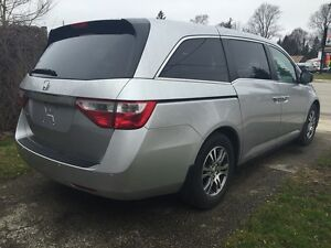 2012 HONDA ODYSSEY EX-L * LEATHER * PWR ROOF * REAR CAM * DVD  London Ontario image 6
