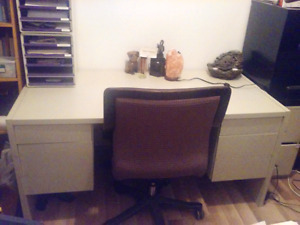 Large Office Desk & Chair!