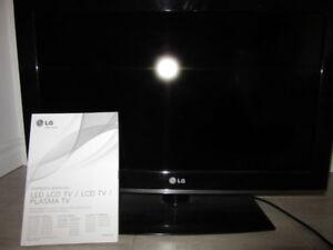 TV LCD à vendre LG 26``