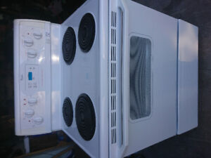 WHIRLPOOL SELF CLEANER........... GREAT SHAPE!!!