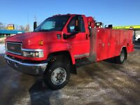 2008 GMC 5500 service truck body VMAC air, 16000lb crane, welder