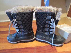 Acton Boots | Kijiji: Free Classifieds in Ontario. Find a