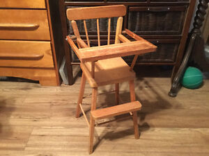Vintage wooden play baby doll high chair Kingston Kingston Area image 2