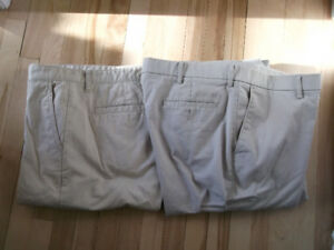 2 PAIRS OF MEN PANTS SIZE:  36