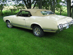 1970 Olds Cutlass S convertible