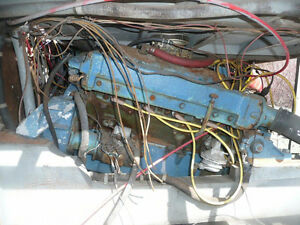 2x 1961 Chris Craft 283 engines with transmissions
