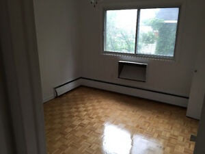 FREE RENT For up to two months in Dorval West Island Greater Montréal image 4
