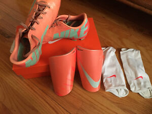 Nike Mercurial Soccer Cleats and Shin guards Youth 5