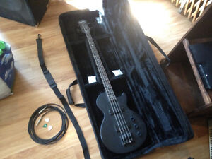 Bass Les Paul Epiphone avec ampli