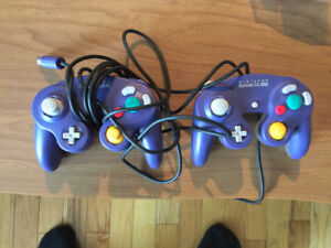 2 Game Cube Controllers