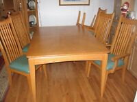 oak finish dining table for sale