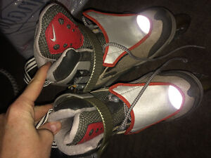 Nike Youth Roller Blades Size