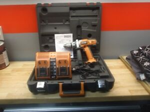 Ridgid  14.4 Volt 1/2 in (13mm) Drill Driver, Case, Charger
