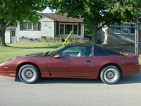 1984 Pontiac Trans Am Coupe (2 door)