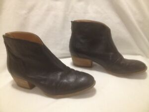 Ladies Nine West Black Leather Retro Style Ankle Booties 8 1/2 M