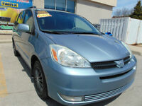 2004 Toyota Sienna LE, LOW KMS, POWER SLIDING DOORS,QUADS-StOw '
