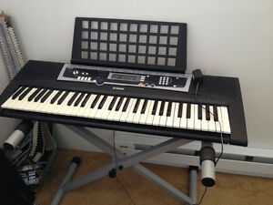 Clavier Yamaha Keyboard 61 keys