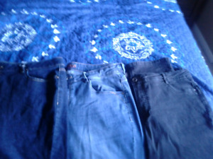 3 pairs of ladies jeans size xl (16)