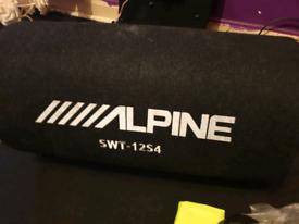 Alpine 12 inch bass tube set up
